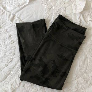 Lululemon camouflage leggings